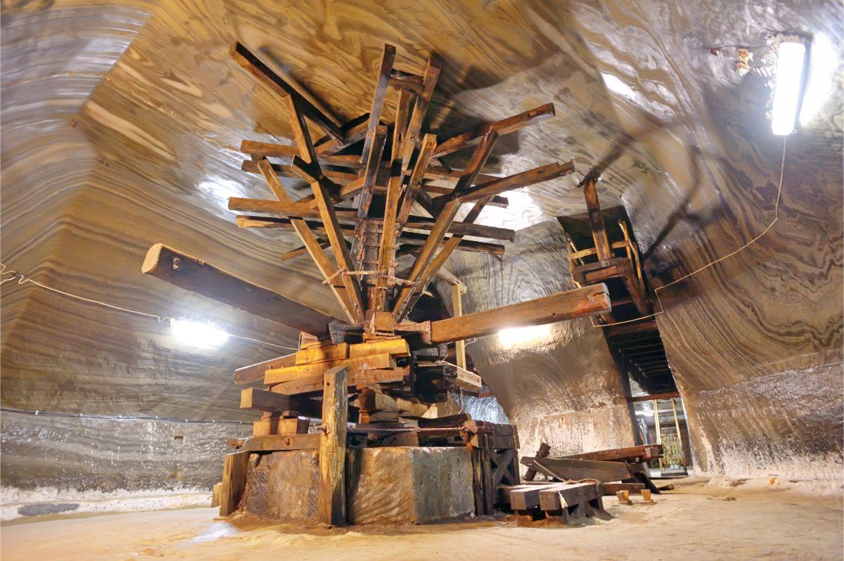 Salt mine Structure