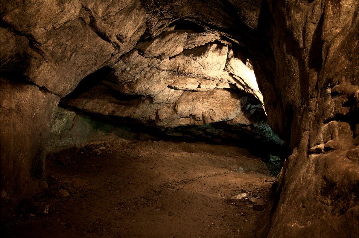 Cave Crack